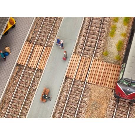 NOCH 14304 - Gleisübergang