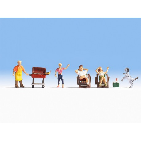 NOCH 36588 - Familie beim Grillen
