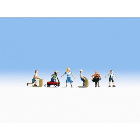 NOCH 36811 - Spielende Kinder